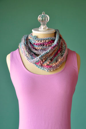 Interrupted Cowl Free Pattern