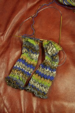 2 Socks at a time with the magic loop method