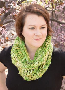 Rachel's Drop Stitch Cowl green