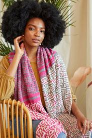 Universal Yarn Palmetto Scarf Kit