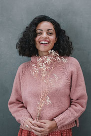Urth Yarns Harvest Worsted Woodwardia Pullover Kit