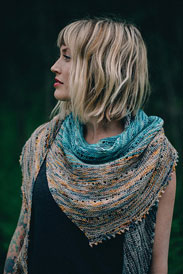 Lorna's Laces Solemate Free Your Fade Shawl Kit
