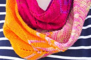Color Play Cowl