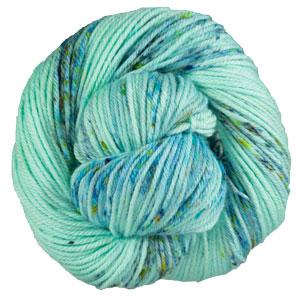 Neighborhood Fiber Co Organic Studio Worsted yarn Swoon