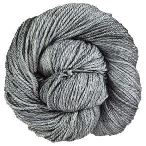 Urth Yarns 16 Fingering yarn 303