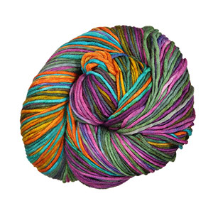 Urth Yarns Uneek Worsted yarn 4010