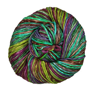 Urth Yarns Uneek Worsted yarn 4012