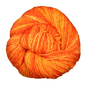 Urth Yarns Monokrom yarn 3052
