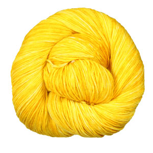 Urth Yarns Monokrom yarn 3053