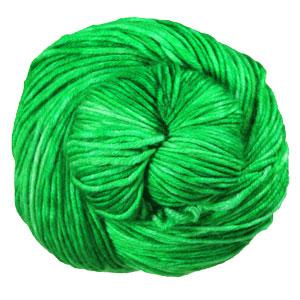 Urth Yarns Monokrom Worsted yarn 4058
