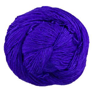 The Periwinkle Sheep Merino Single yarn Sapphire