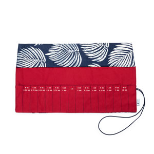 della Q Crochet Roll - 168-2 *Cotton Print - Leaf/Red