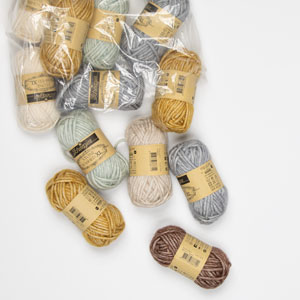 Jimmy Beans Wool Mini and Scraps Grab Bags kits Scheepjes Stone Washed XL Grab Bag - Neutrals