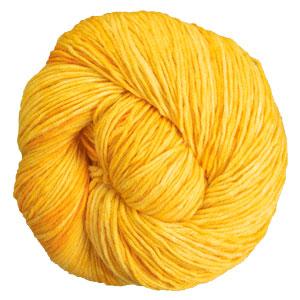 Urth Yarns Monokrom DK yarn 6053