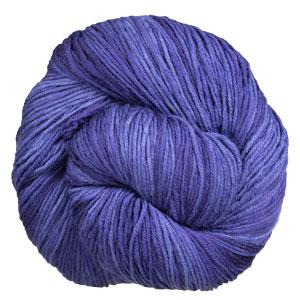 Urth Yarns Monokrom DK yarn 6056