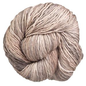 Urth Yarns Monokrom DK yarn 6062