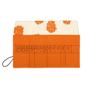 della Q Interchangeable Needle Case - 185-1 *Linen Flower - Orange