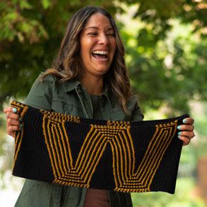 Jimmy Beans Wool Wonder Woman Cowl kits Wonder Woman - Knit