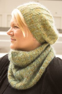 Peavine Hat and Cowl