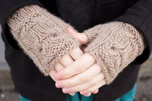Diana's Owl Mitts