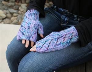 Monika's Radius Cowl and Mitts