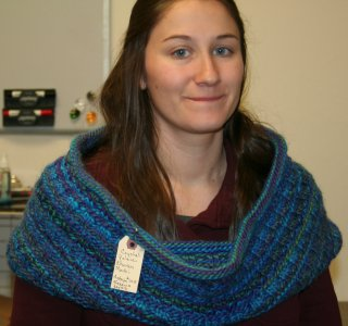 Ann Norling's Easy Cowl in Chunky Mochi