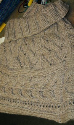 Berroco Peruvia Quick Lace and Cables Capelet