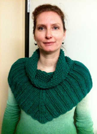 Monika's Seed Stitch Cowl
