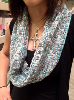 Madison's Easy Cowl in Manos Alegria
