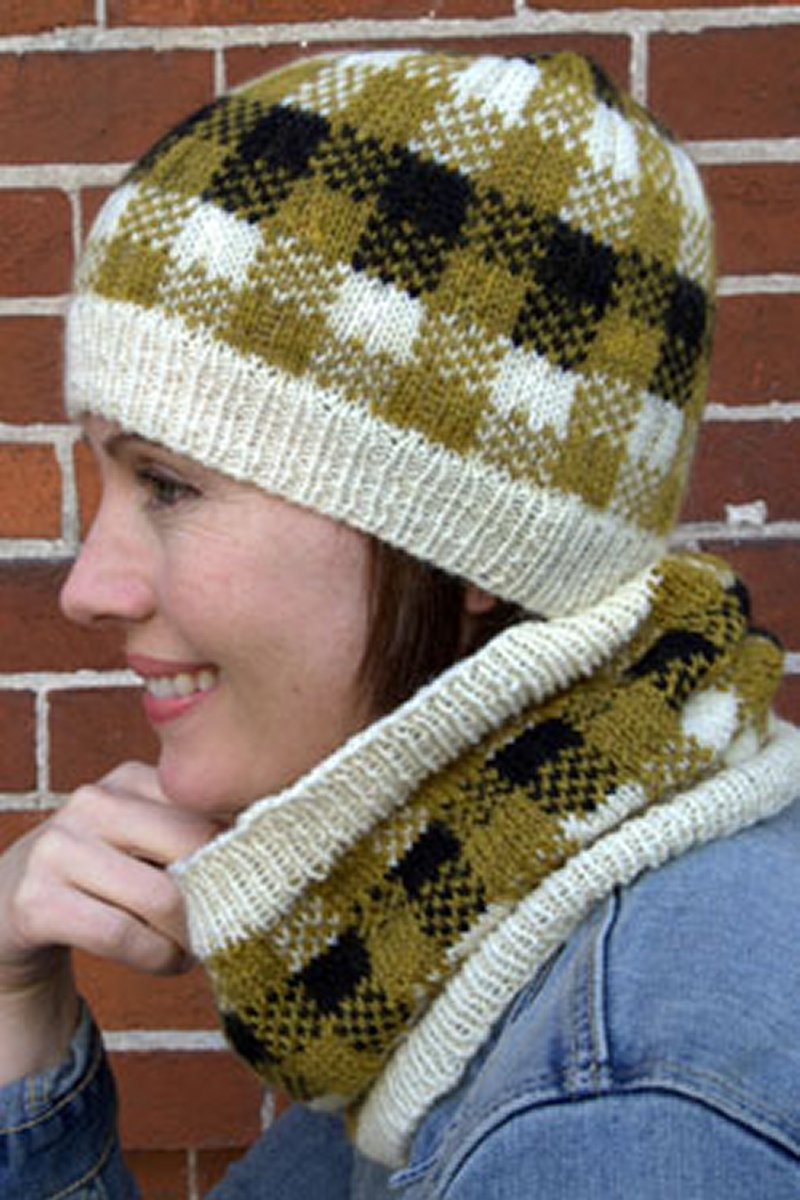 Plymouth Yarn Women\'s Accessory Patterns - 2801 Plaid Hat & Cowl ...