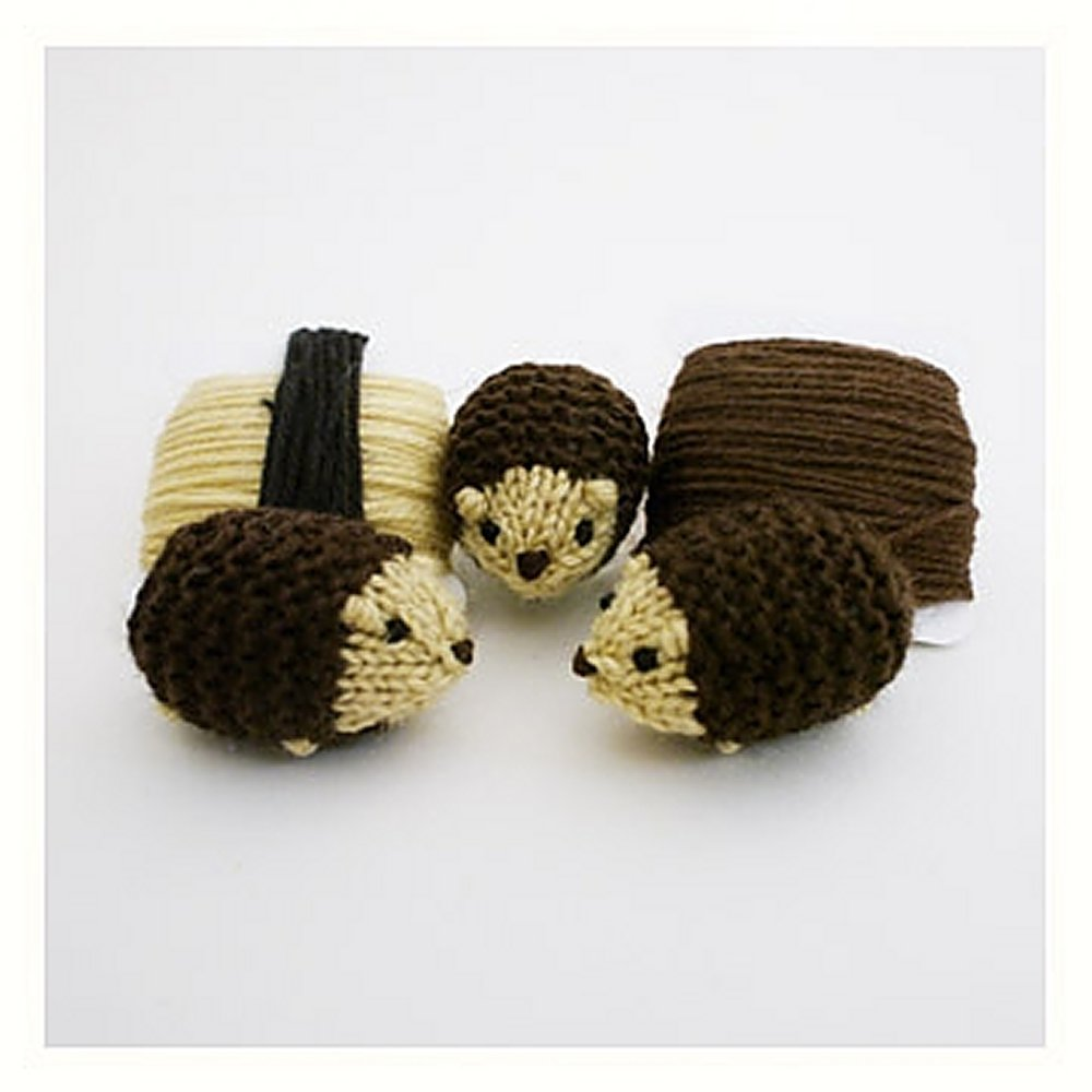 Knitting Patterns Kits : Mochimochi Land Tiny Knits - Tiny Hedgehog Kit at Jimmy Beans Wool