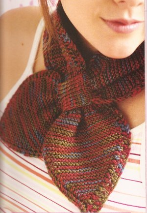 Lornas Laces Shepherd Sport Garter Stitch Loop-Through Scarf Kit - Scarf and Shawls