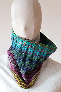 Urth Yarns Railway Cowl Kit - Women's Accessories