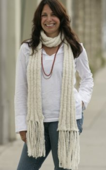 Suss Knitting Brushed Alpaca Cozy Scarf Kit - Scarf and Shawls