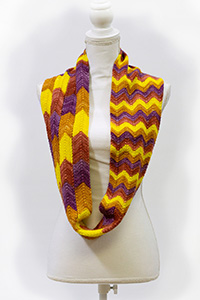 Biscotte Yarns Bargello Infinity Scarf Kit - Women's Accessories