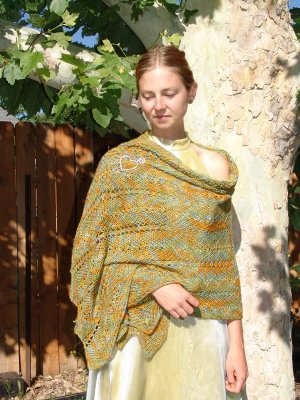 Lorna's Laces Lion and Lamb Silky Herringbone Lace Shawl Kit - Scarf and Shawls