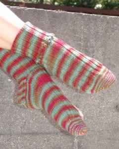 Battle Born Knits Patterns - Picot Ribbed Socks Pattern