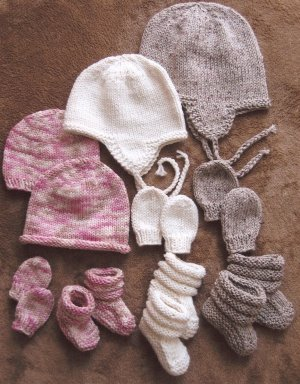 Knitting Pure and Simple Baby & Children Patterns - 2910 Baby Hats, Mitts, and Booties Pattern