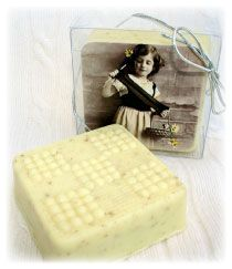 Alsatian Soaps & Bath Products Vintage Knitters Soap - Apricot Freesia