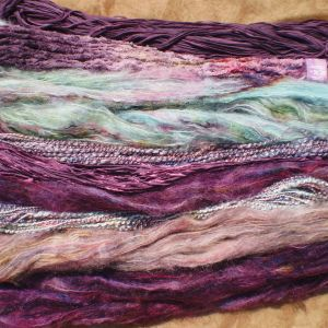 Colinette Absolutely Fabulous Throw Kit - zSummer Berries (#36)