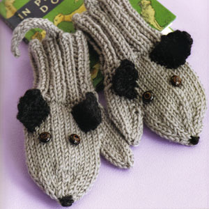 Cascade 220 Superwash Puppy Mittens Kit - Baby and Kids Accessories