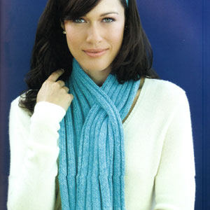 Cascade 220 Ribbed Keyhole Scarf Kit - Scarf and Shawls