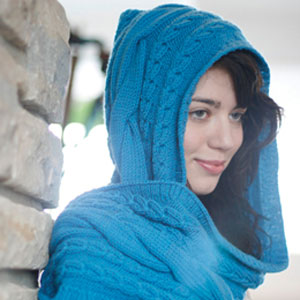 Rowan Belle Organic Aran Riding Hood Scarf Kit - Scarf and Shawls