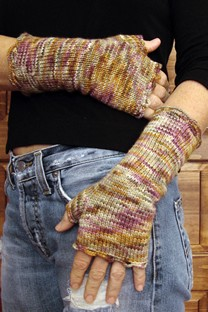 Dolce Handknits Patterns - Matchgirl Gloves Pattern