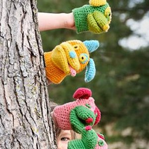 Spud & Chloe Sweater Pack O' Puppies Mitts Kit - Crochet for Kids