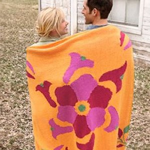 Spud & Chloe Sweater Flower Power Throw Kit - Home Accessories