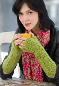 Stitch Nation Full o' Wool Lettuce Knit Armwarmers Kit - Hats and Gloves
