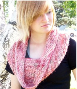 Misti Alpaca Landscape Collection Alpaca Hug Cowl Kit - Scarf and Shawls