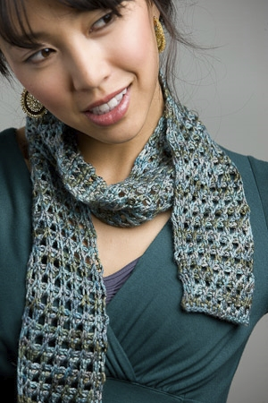Lorna's Laces Pearl Tara's Tunisian Scarf Kit - Crochet for Adults