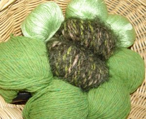 Muench Luxury Yarn Grab Bag - Green/Olive - Large